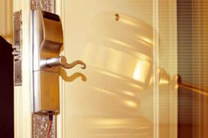 Onity Hotel Keycard Lock hacked