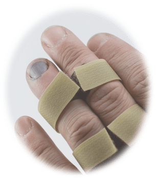 An injured finger in a splint, which could be part of a Long Island personal injury claim