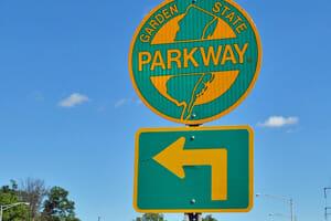 Four men killed in crash on garden state parkway