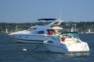Long island boating accident kills one, one person still missing